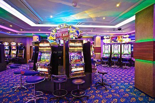 Spielbank Automaten OmniSlots - 798895